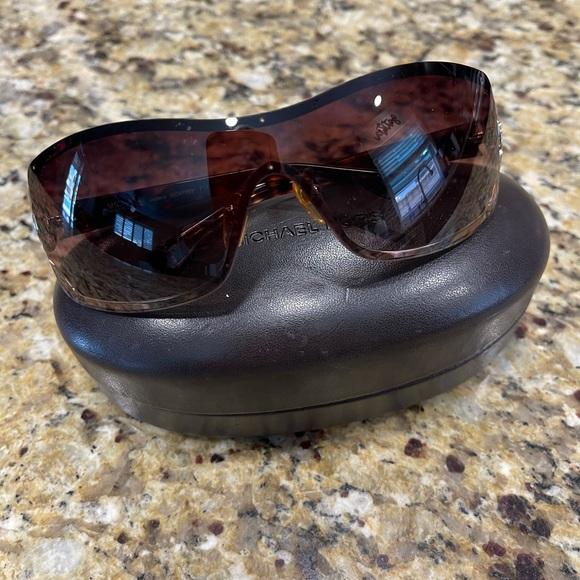 Michael Kors Verona Sunglasses . Worn 1 time